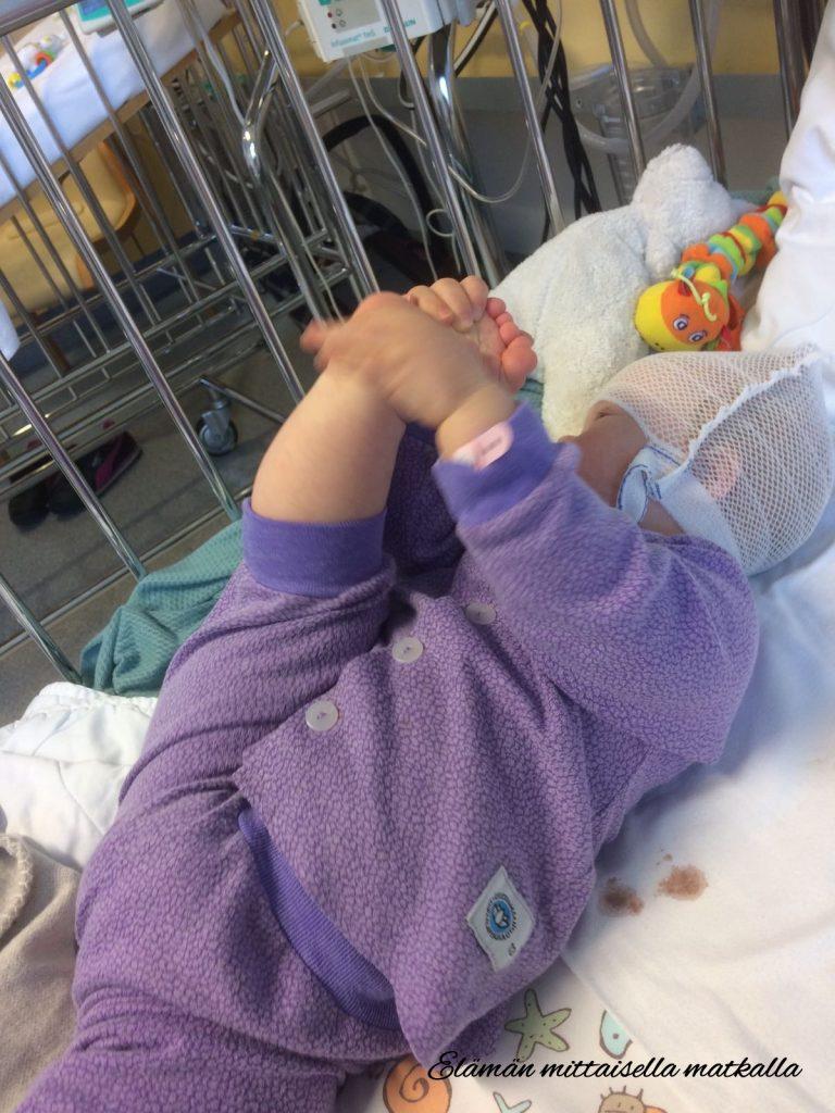 Tämän kuvan alt-attribuutti on tyhjä; Tiedoston nimi on sairaala1-768x1024.jpg